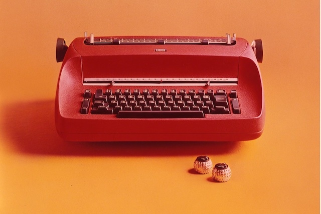 Red-typewriter - Foto IBM