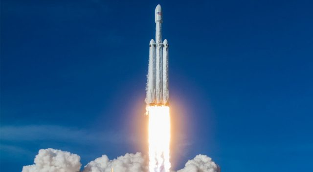 Falcon Heavy Launching - SpaceX