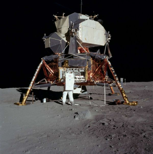 Edwin Aldrin and Apollo11 - Origen NASA