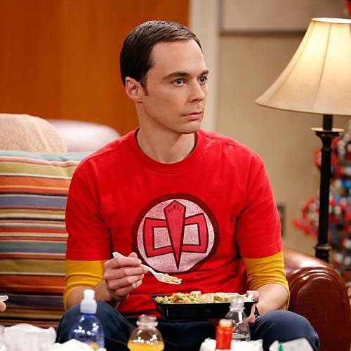 Sheldon Cooper en su sofa - The Big Bang Theory