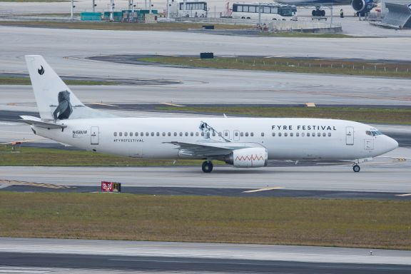 Swift Air - Boeing 737 Fyre Festival - Origen desconocido
