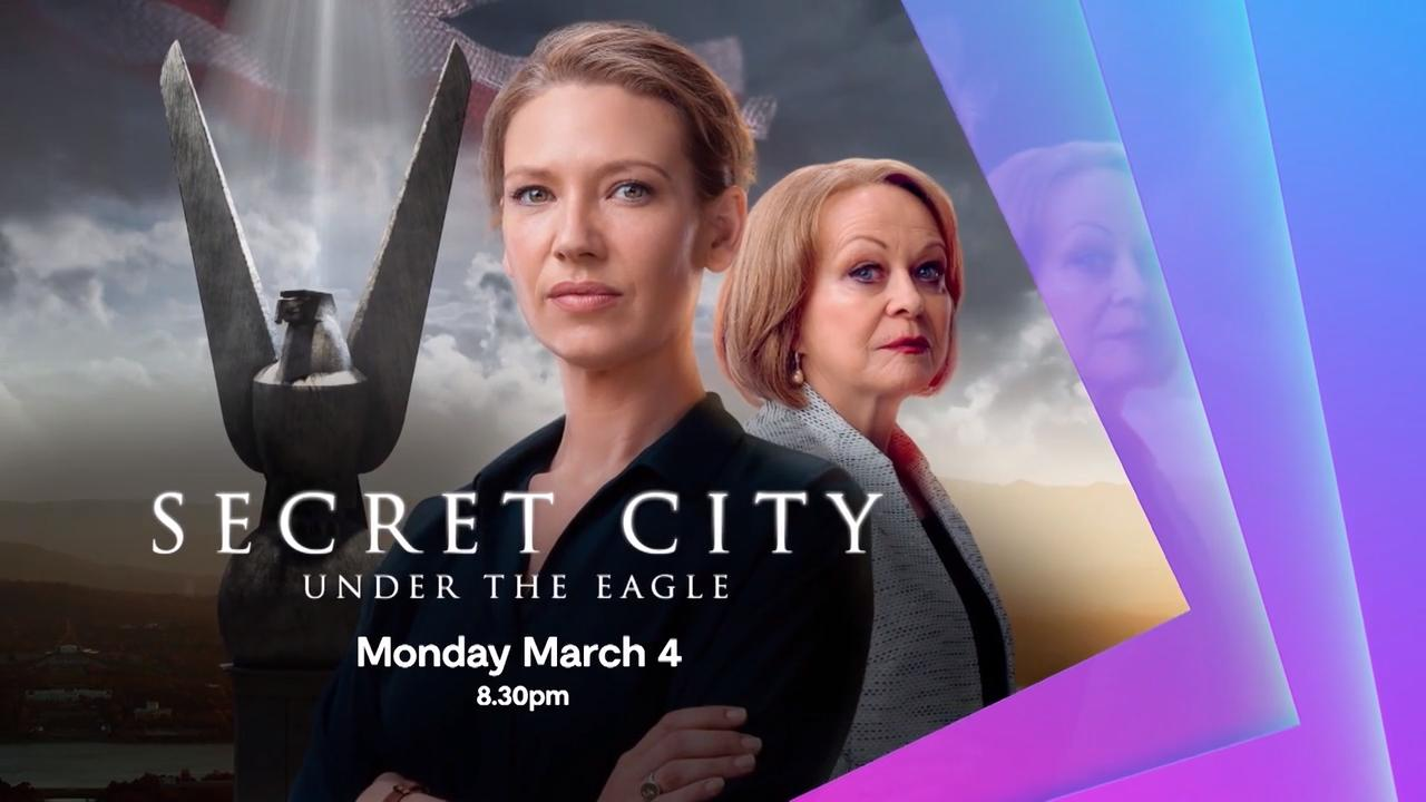 Afiche Showcase - Secret City