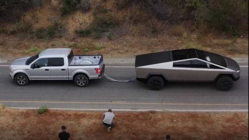 Tesla Cybertruck Tug Of War With Ford F-150 - Origen Tesla