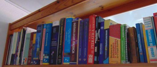 Estante de biblioteca - Colección TMN