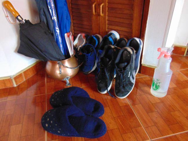 Entrada de casa en cuarentena - Colección TMN