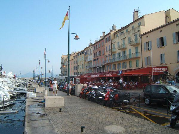 Le restaurant Sénéquier à Saint Tropez - Origen desconocido