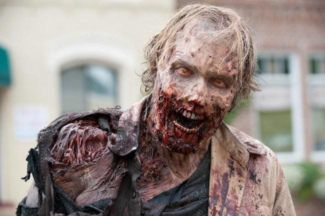 "Un zombi - Origen desconocida (probablement ""The Walking Dead"")"
