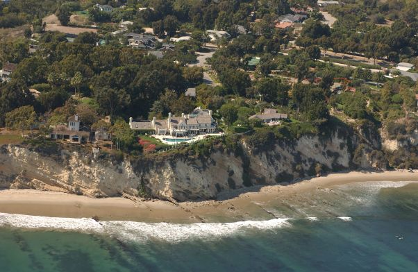 Pandemic Fear - The Streisand Estate - Photo California Coastal Records Project