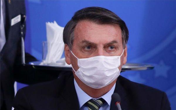 Jair Bolsonaro con una mascarilla - Origen desconocido