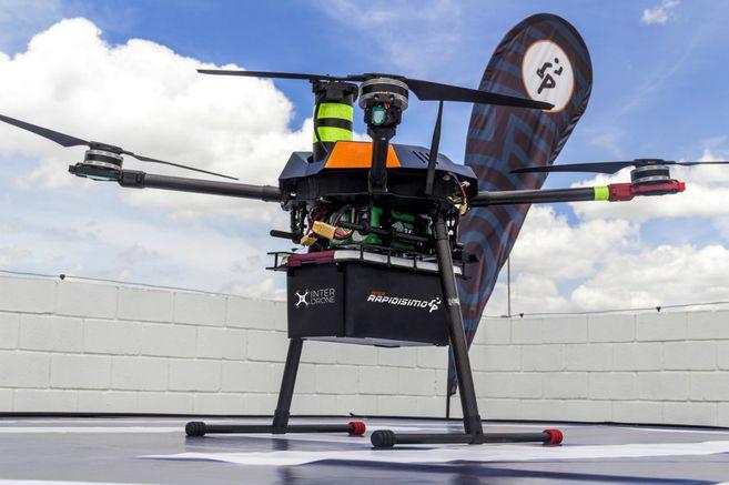 """Un de los drones del servicio colombianos """"Inter Rapidísimo"""" – Origen El Espectador"""