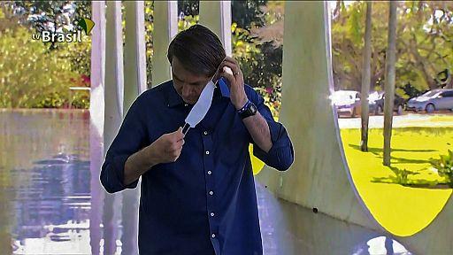 Jairo Bolsonaro con COVID 19 quitandose la máscara - Origen desconocido