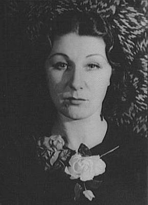 Judith Anderson en 1934 - Foto de archivo (Wikipedia)