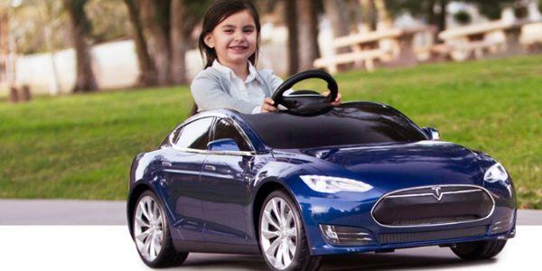 Un Tesla de Navidad - Origen desconocido