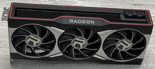 Una GPU AMD RX 680XT - Origen AMD