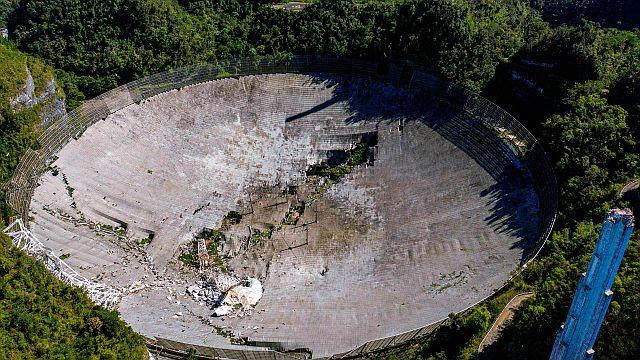 El telescopio destruido de Arecibo -Foto Ricardo ARDUENGO / AFP-Getty Images