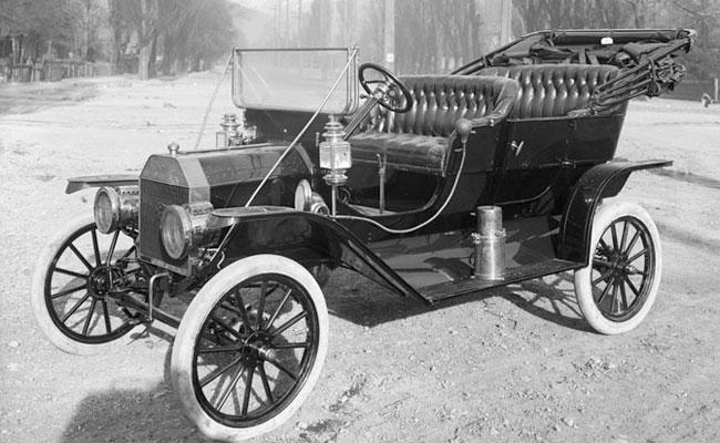 Autos eléctricos - Un Ford Modelo T de 1910 - Origen desconocido