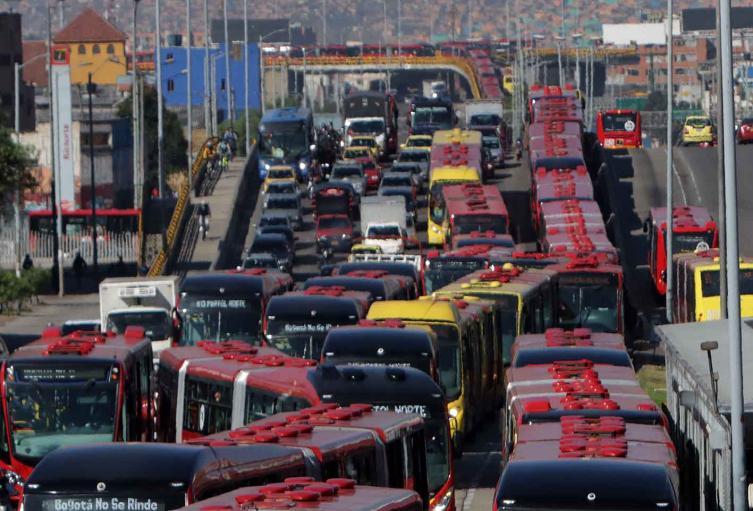 Congestión vehicular en Bogotá - Origen desconocido