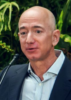 Jeff Bezos - Origen desconocido (Wikipedia)