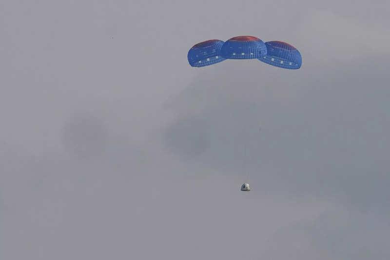 Regreso de la misión Blue Shepard - Origen Blue Origin