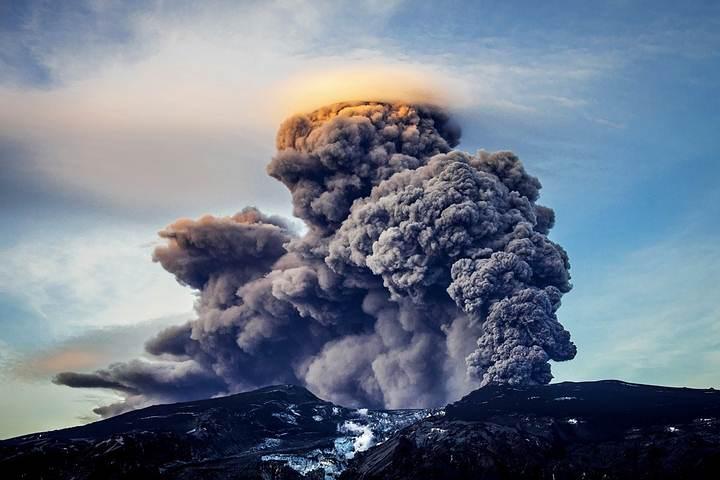 Vista de una erupción del Katla -Origen desconocido