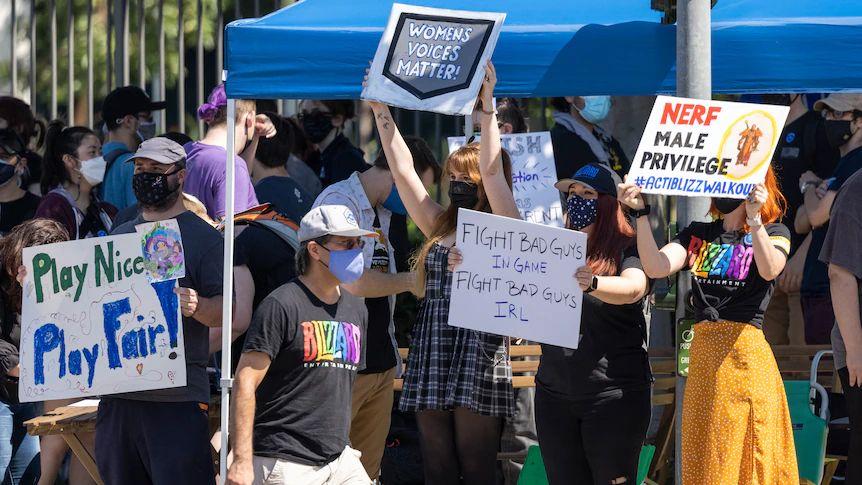VideoJuegos - Imagen de protesta en Blizzard - Foto por David McNew (AFP)