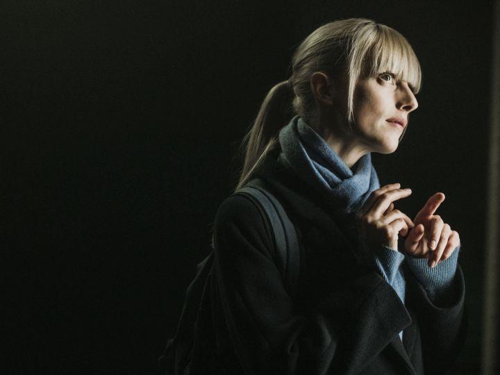 """Astrid Nielsen - Affiche officielle pour """"Astrid et Raphaëlle"""" - Origine France 2"""